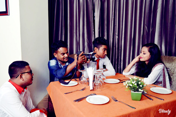 """না বুজিয়া কেন বন্ধুর প্রেমে পরিলাম""""গান শুটিংয়ের কিছু ছবি সোশ্যাল মিডিয়া ঝড় উঠেছে"""