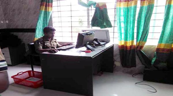 মৌলভীবাজার পাসপোর্ট অফিস আনসার বাহিনীর নিয়ন্ত্রনে,ভোগান্তিতে জনসাধারণ