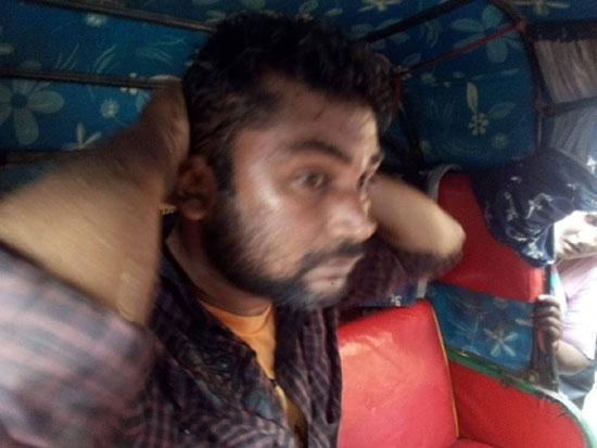 বন্দরবাজারে ট্রাফিক পুলিশের বিরুদ্ধে অটোরিক্সা চালককে মারধরের অভিযোগ
