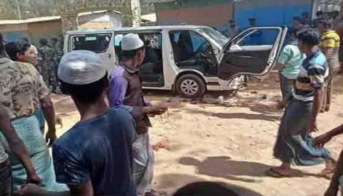 রোহিঙ্গাদের হামলায় তিন সাংবাদিক আহত