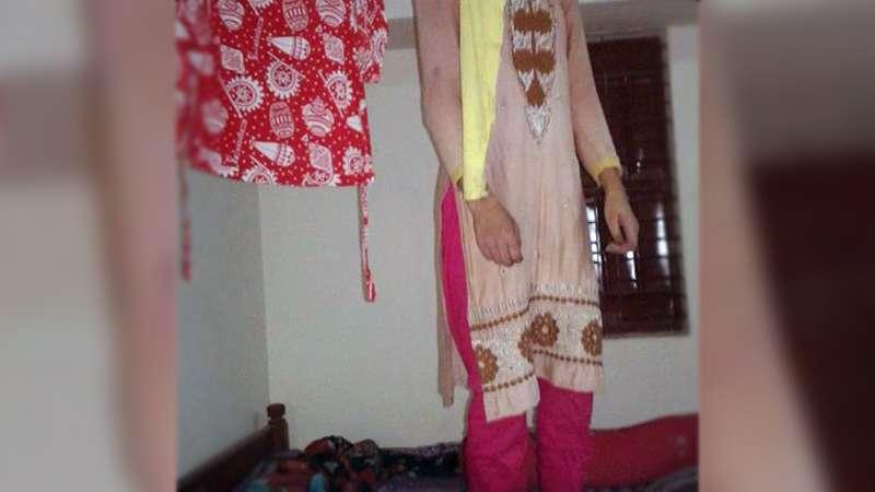 নার্সিং কলেজের ছাত্রীনিবাস থেকে ছাত্রীর মরদেহ উদ্ধার