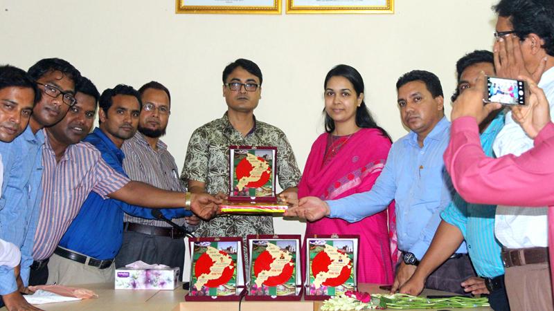 জৈন্তাপুরে পাঁচ কর্মকর্তার বিদায় জানালো অফিসার্স ক্লাব