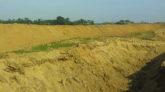 সুনামগঞ্জে ফসল রক্ষাবাঁধ নির্মাণে অনিয়মের অভিযোগ