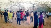 ভালোবাসা দিবসে শিমুল বাগানে পর্যটকদের ঢল