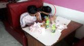 ক্লাস ফাঁকি দিয়ে ফুড ক্লাবে তরুণ -তরুণীর আড্ডা