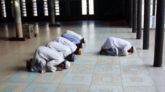 যেসব শর্ত মেনে মসজিদে নামাজ পড়তে হবে