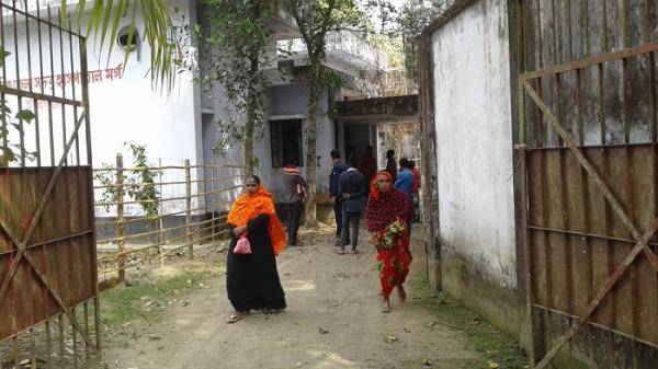 হবিগঞ্জ সদর আধুনিক হাসপাতালে নানা জটিলতায় বাড়ছে দূর্ভোগ