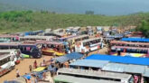 প্রকৃতি কন্যা জাফলংয়ে পর্যটকদের উপচেপড়া ভিড়, গাড়ি পার্কিংয়ে স্থান নেই