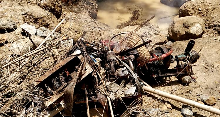 জৈন্তাপুরে পরিবেশ অধিদপ্তরের অভিযানে ১১টি মেশিন ধ্বংস, জরিমানা আদায়