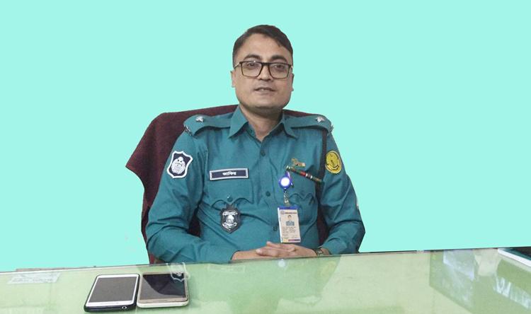 এসএমপি'র শ্রেষ্ঠ ওসি খান মোহাম্মদ মাইনুল জাকির