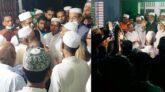 কঠোর লকডাউনের বেপরোয়া আ'লীগ প্রার্থী হাবিব, বৃদ্ধাঙ্গুলি দেখিয়ে প্রচারণা অব্যাহত